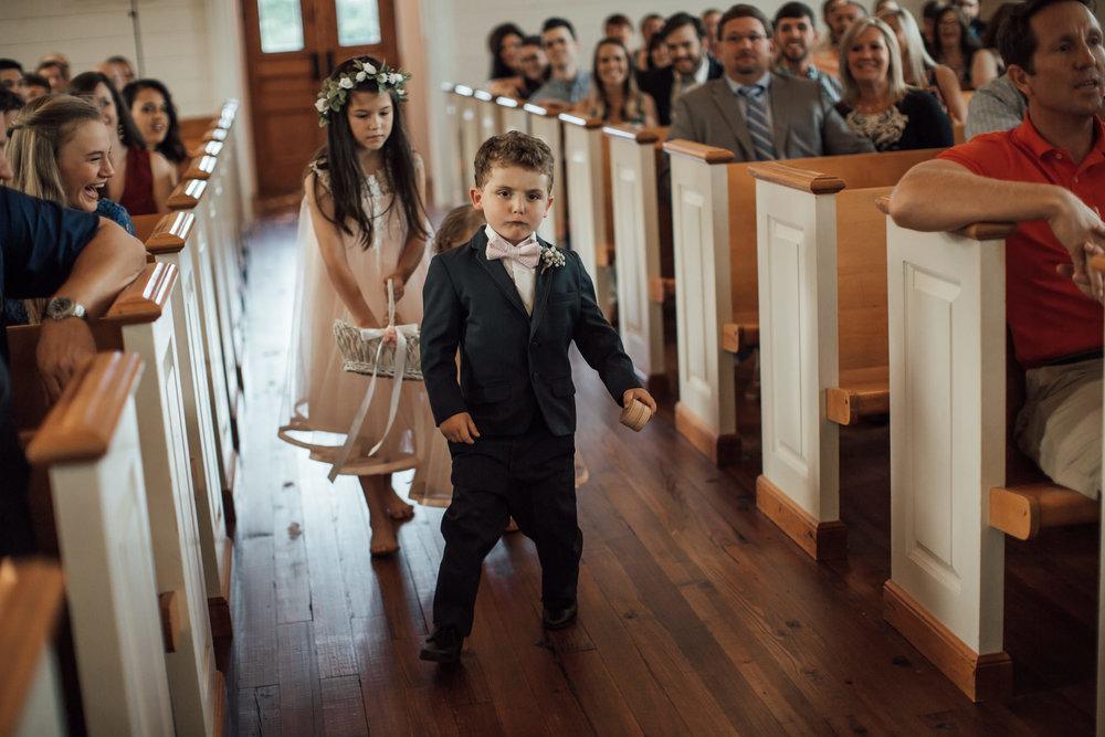 cassie-cook-photography-memphis-wedding-photographer-hedge-farm-wedding-venue-218.jpg