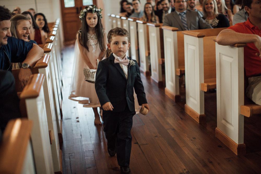 cassie-cook-photography-memphis-wedding-photographer-hedge-farm-wedding-venue-220.jpg