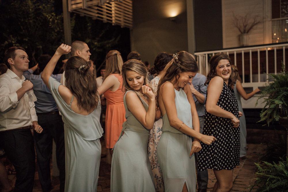 cassie-cook-photography-memphis-wedding-photographer-hedge-farm-wedding-venue-40.jpg