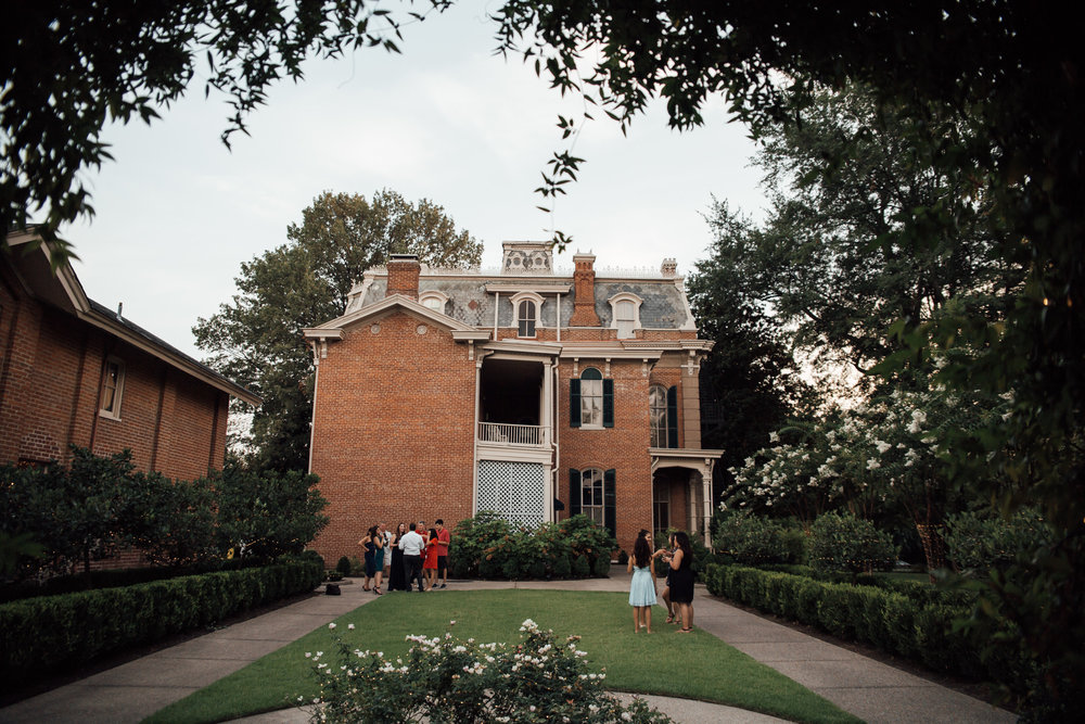 cassie-cook-photography-woodruff-fontaine-house-memphis-wedding-venue