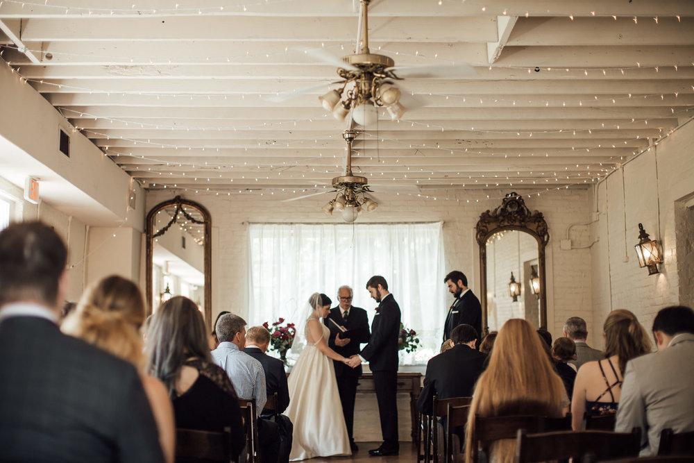 cassie-cook-photography-woodruff-fontain-house-memphis-wedding-venue-34.jpg