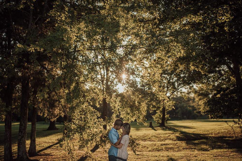 cassie-cook-photography-shelby-farms-engagment-pictures-memphis-wedding-photographer-525.jpg