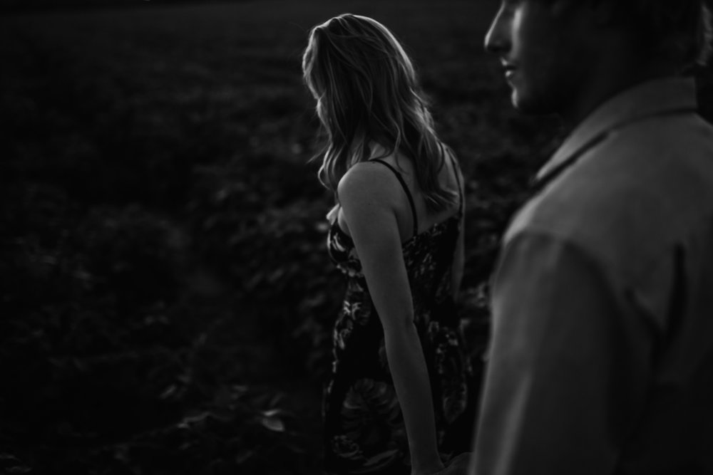 cassie-cook-photography-shelby-farms-engagment-pictures-memphis-wedding-photographer-16.jpg