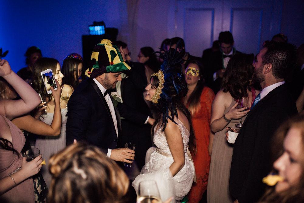 cassie-cook-photography-memphis-wedding-photographer-the-atrium-at-overton-square-38.jpg