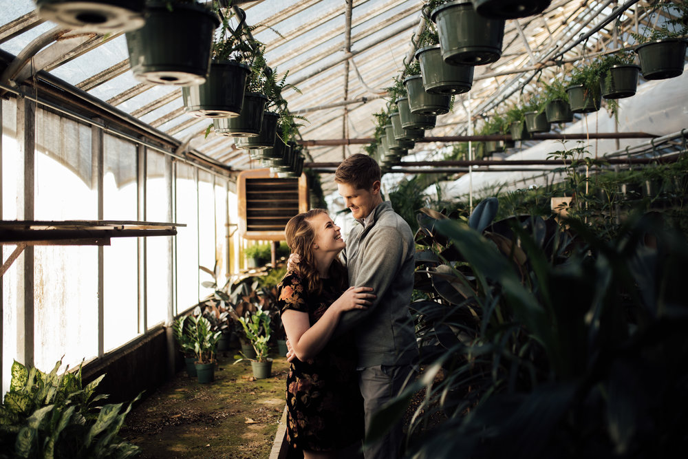 memphis-wedding-photographer-greenhouse-engagement-pictures-cassie-cook-photography-2.jpg