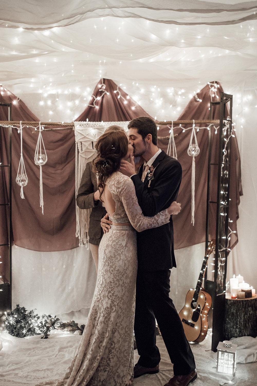 memphis-wedding-photographer-ceremony-loya-wedding-334.jpg