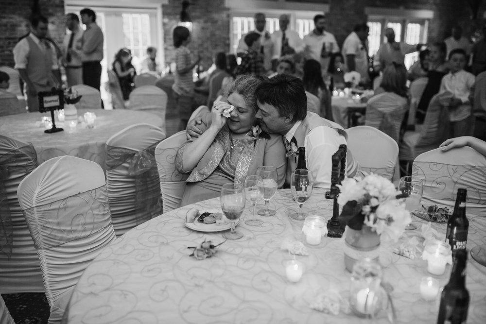 cassie-cook-photography-memphis-wedding-photographer-sonja-cody-wedding-516.jpg
