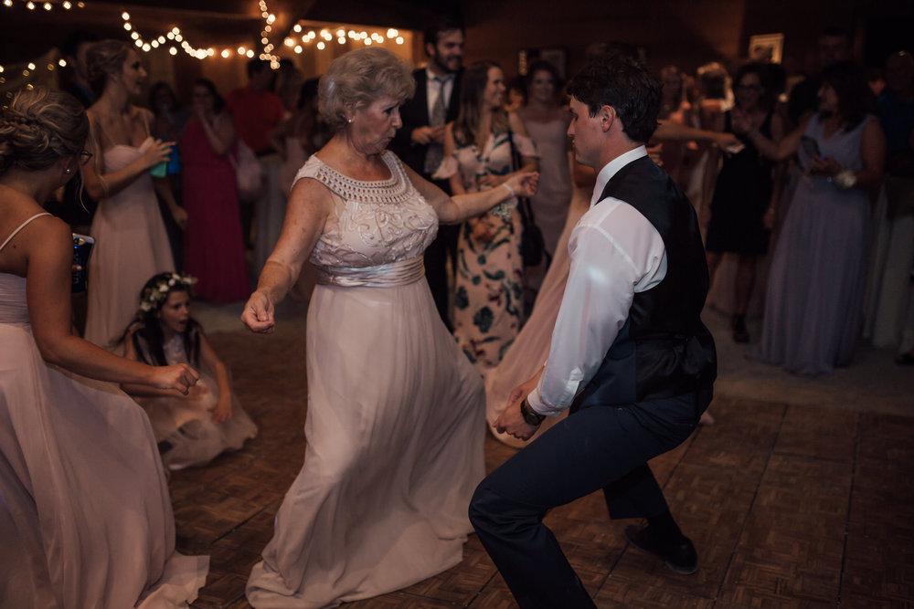 cassie-cook-photography-memphis-wedding-photographer-the-chapel-at-plein-air-sneed-wedding-72.jpg