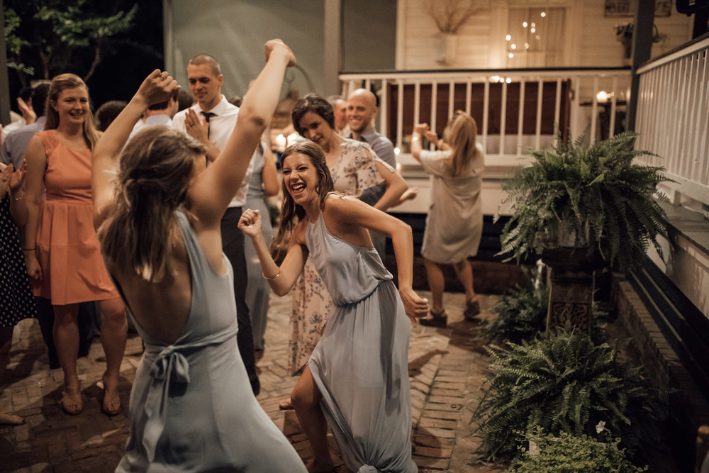 cassie-cook-photography-memphis-wedding-photographer-hedge-farm-wedding-venue-274-2.jpg