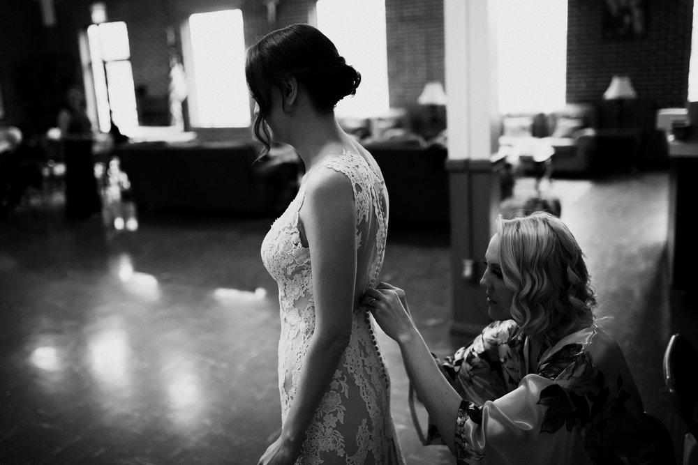 birmingham-alabama-wedding-photographer-laura-terry-the-warmth-around-you (21 of 110).jpg