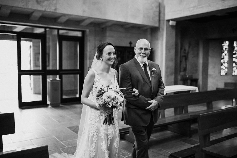 birmingham-alabama-wedding-photographer-laura-terry-the-warmth-around-you (72 of 110).jpg