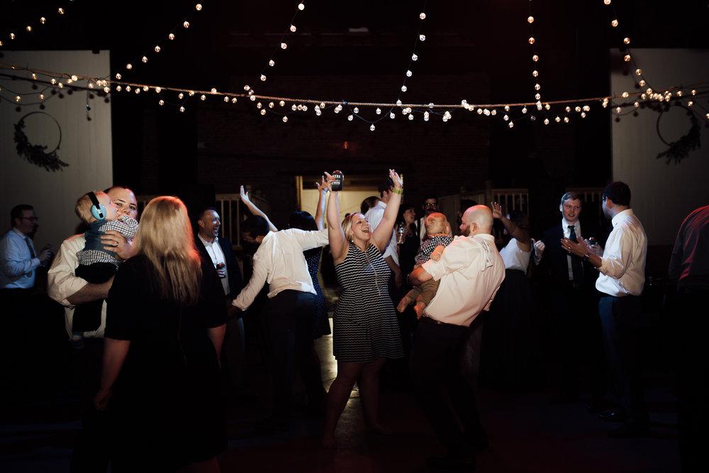 birmingham-alabama-wedding-photographer-laura-terry-the-warmth-around-you (100 of 110).jpg