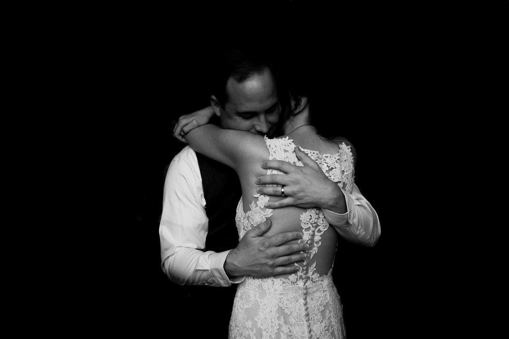 birmingham-alabama-wedding-photographer-laura-terry-the-warmth-around-you (96 of 110).jpg