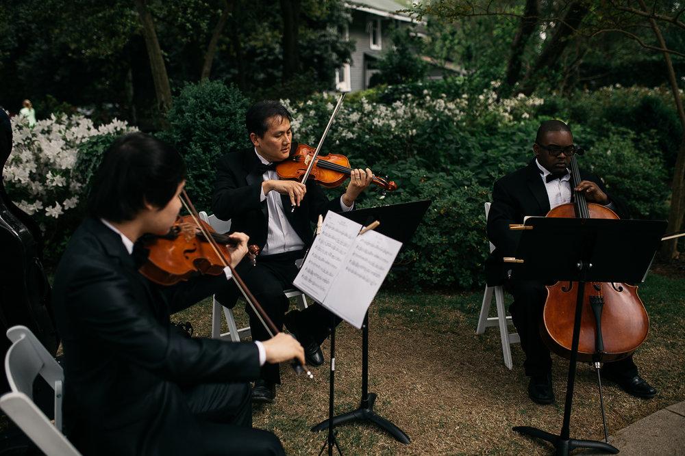 thewarmtharoundyou-spring-annesdale-wedding-82.jpg