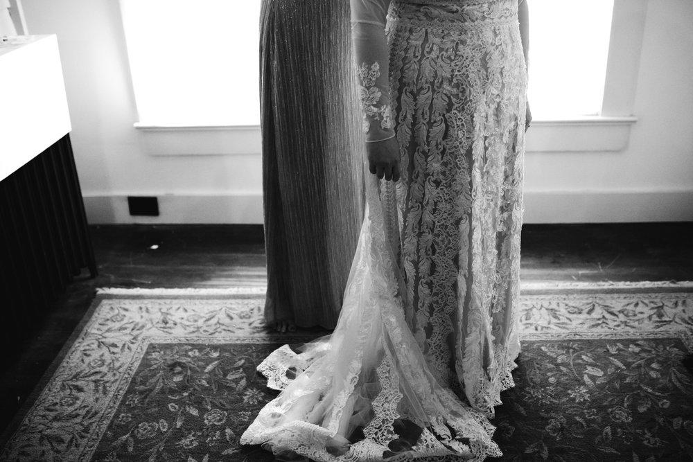thewarmtharoundyou-oxford-wedding-rowan-oak-powerhouse-oxford-ms-wedding-venue (34 of 162).jpg