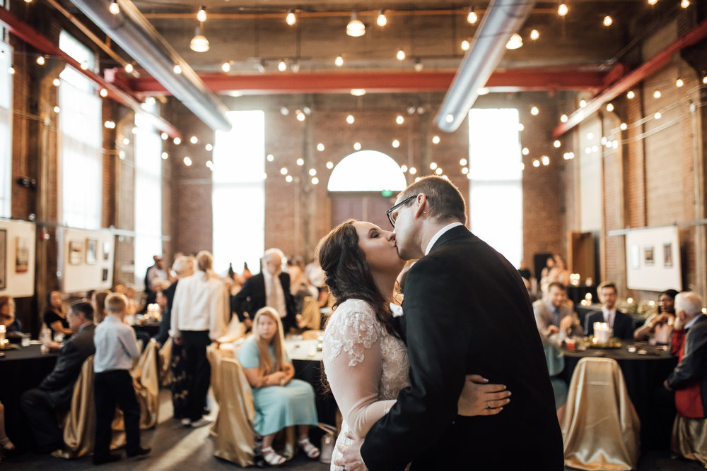 thewarmtharoundyou-oxford-wedding-rowan-oak-powerhouse-oxford-ms-wedding-venue (15 of 27).jpg