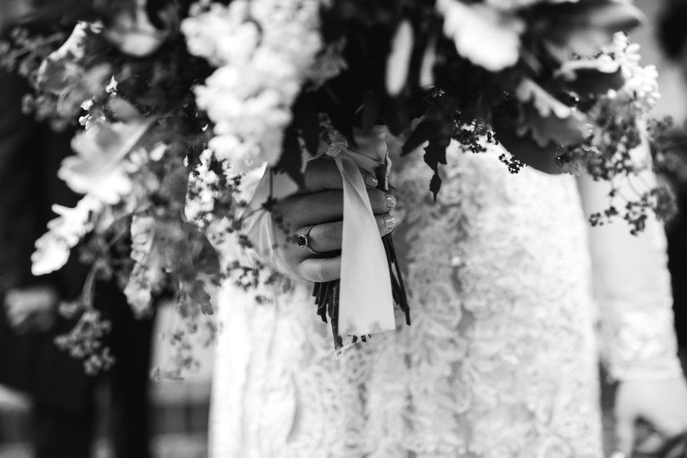 thewarmtharoundyou-oxford-wedding-rowan-oak-powerhouse-oxford-ms-wedding-venue (8 of 27).jpg