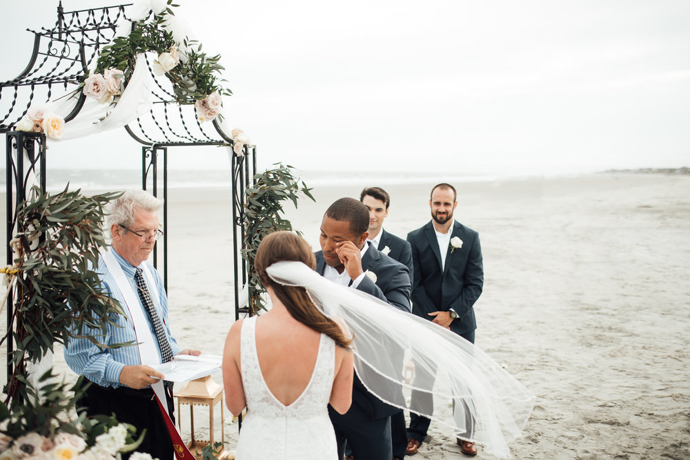 thewarmtharoundyou-fripps-island-wedding-south-carolina-beach-wedding (4 of 21).jpg