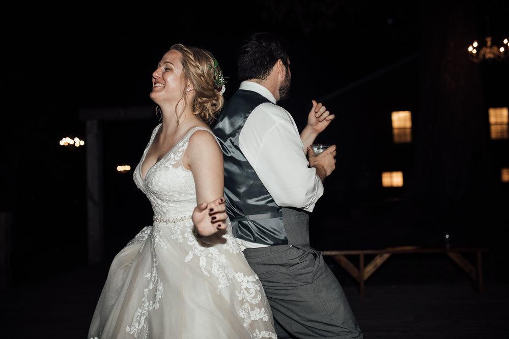 thewarmtharoundyou-wildwood-mckenzie-tn-wedding-memphis-wedding-photographers (271 of 264).jpg