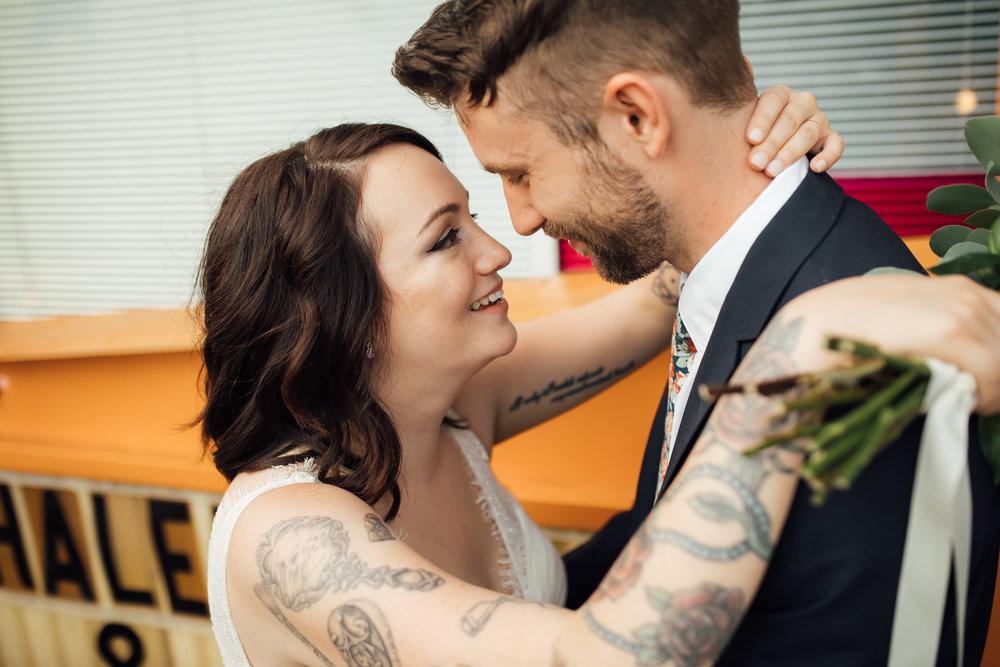 thewarmtharoundyou-amurica-studio-wedding-colorful-unique-wedding (211 of 46).jpg