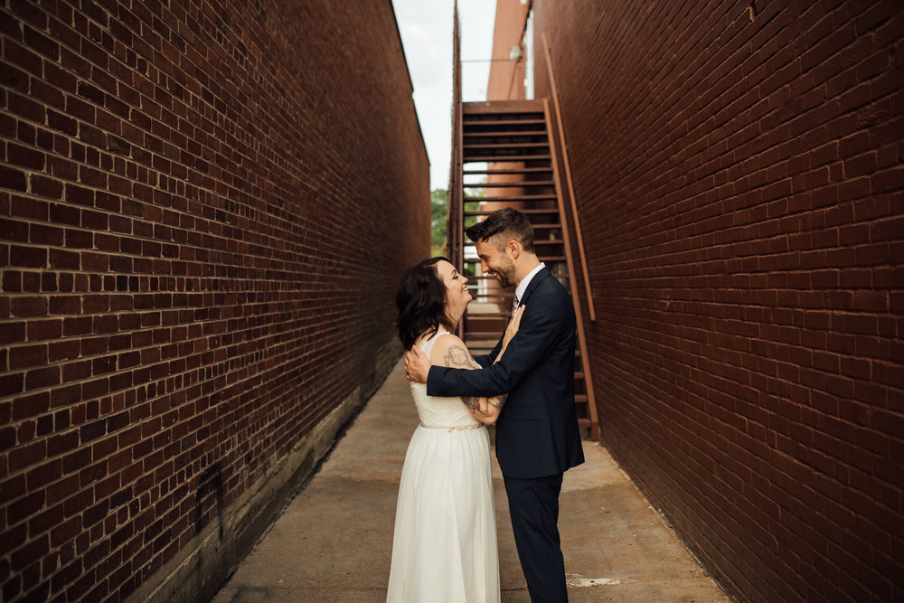 thewarmtharoundyou-amurica-studio-wedding-colorful-unique-wedding (216 of 46).jpg