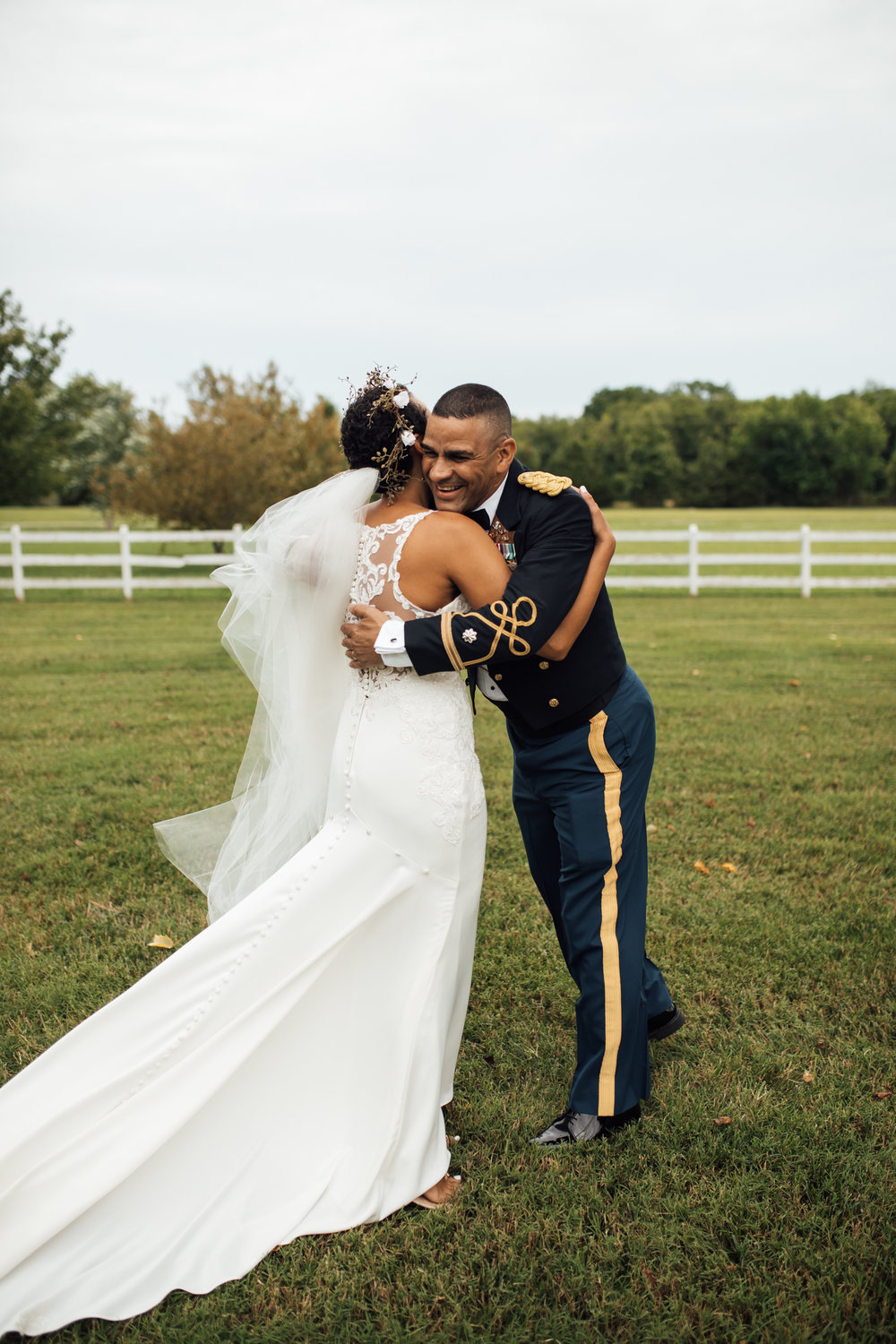 thewarmtharoundyou-murfreesboro-wedding-photographer-saddlewoodsfarms (64 of 125).jpg