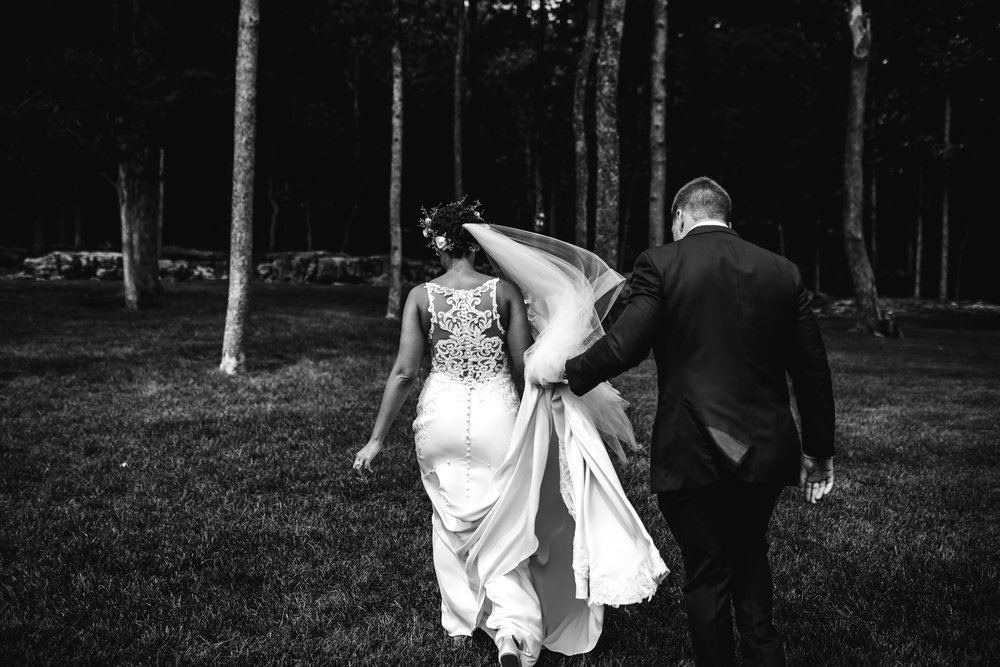 thewarmtharoundyou-murfreesboro-wedding-photographer-saddlewoodsfarms (128 of 121).jpg