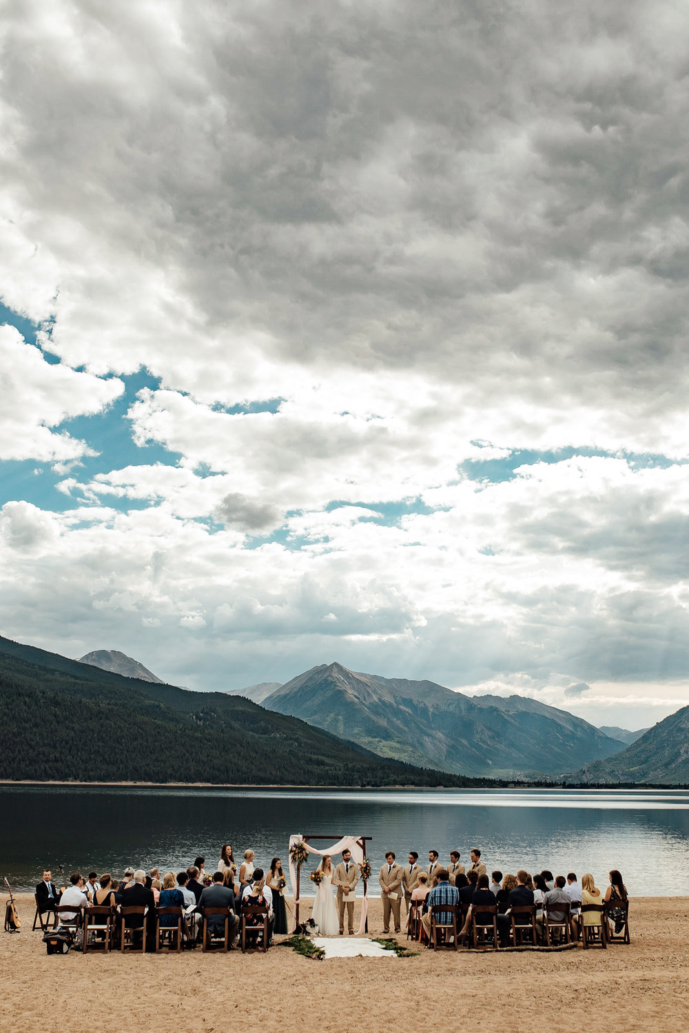 twin-lakes-colorado-colorado-wedding-photographer-twin-lakes-wedding-photographer-aspen-wedding-thewarmtharoundyou (3 of 5).jpg