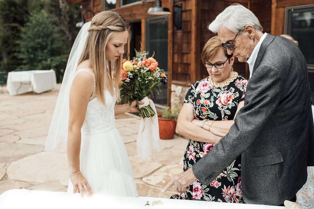 twin-lakes-colorado-colorado-wedding-photographer-twin-lakes-wedding-photographer-aspen-wedding-thewarmtharoundyou (1 of 5).jpg
