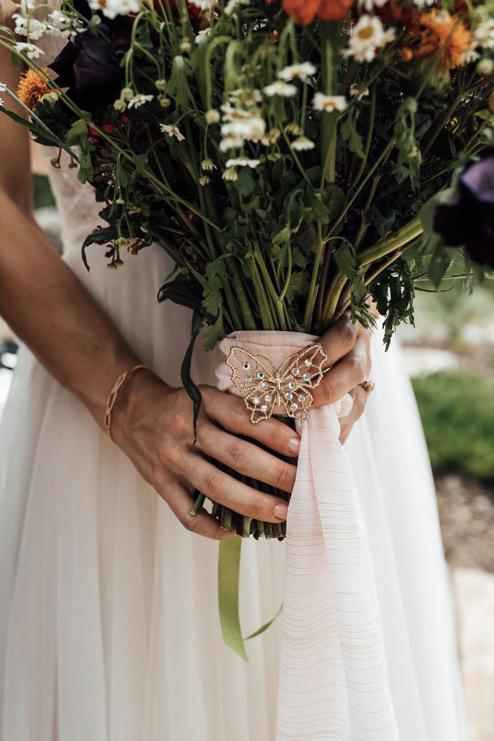 twin-lakes-colorado-colorado-wedding-photographer-twin-lakes-wedding-photographer-aspen-wedding-thewarmtharoundyou (3 of 5).jpg