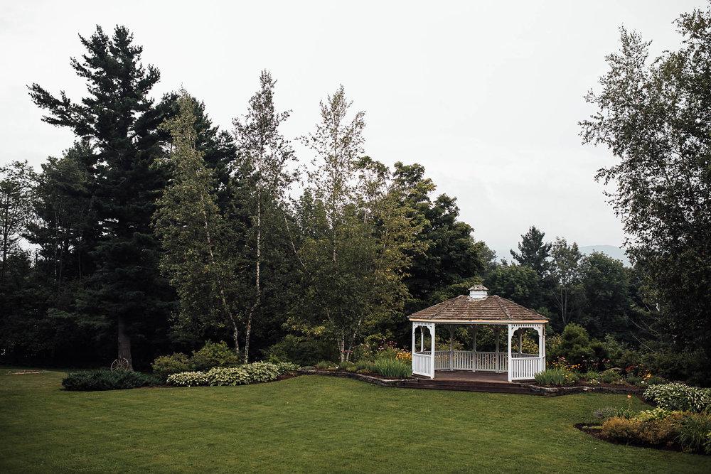 Killington-Vermont-Mountain-Lodge-Carissa-and-Matt-7.jpg