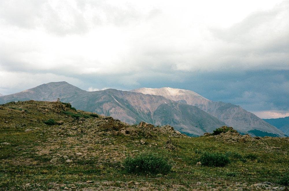 twin-lakes-colorado-wedding-photographer-aspen-thewarmtharoundyou (27 of 43).jpg