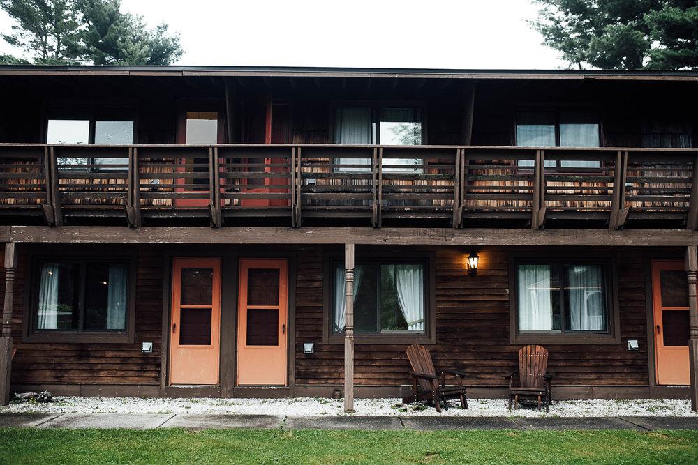 Killington-Vermont-Mountain-Lodge-Carissa-and-Matt-8.jpg
