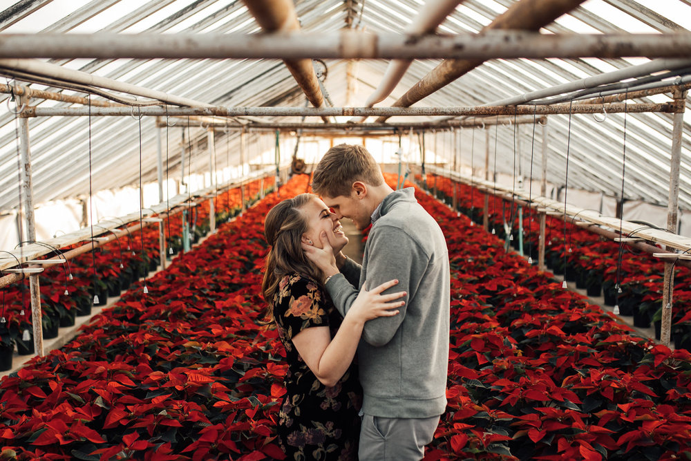 memphis-wedding-photographer-cassie-cook-photography-greenhouse-engagement-photoshoot-5.jpg