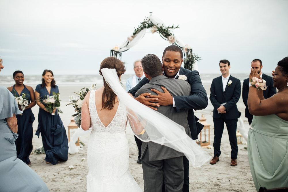 thewarmtharoundyou-fripps-island-wedding-south-carolina-beach-wedding (3 of 21).jpg