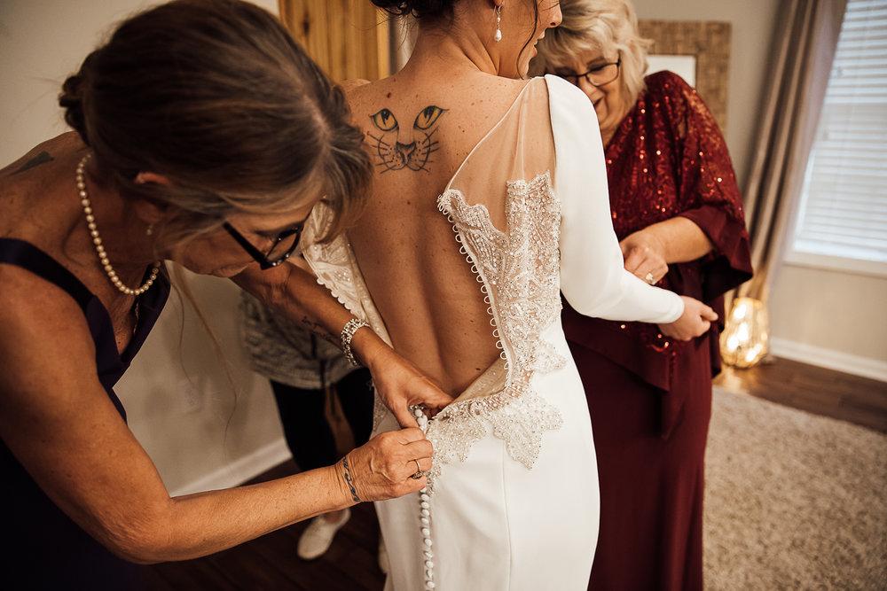 Caitlin-and-Bryan-Avon-Acres-Memphis-TN-Wedding-17.jpg