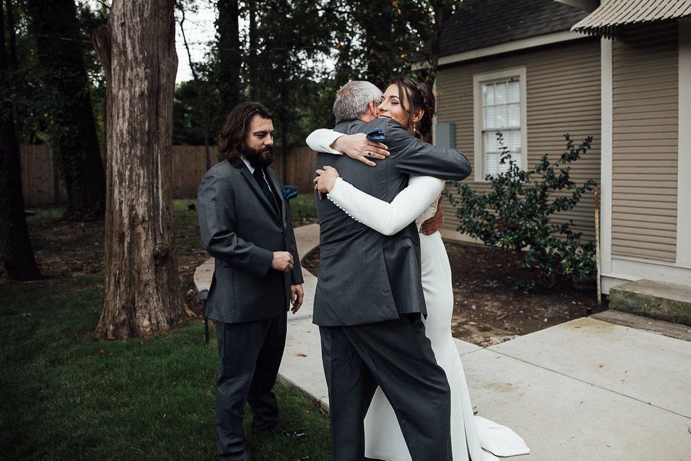 Caitlin-and-Bryan-Avon-Acres-Memphis-TN-Wedding-32.jpg