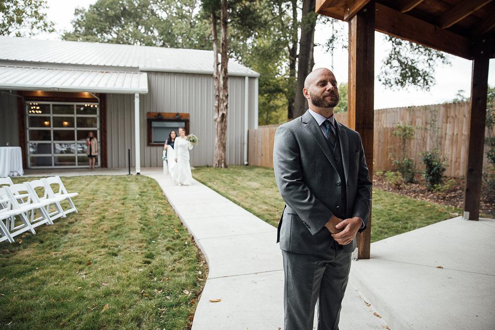 Caitlin-and-Bryan-Avon-Acres-Memphis-TN-Wedding-37.jpg