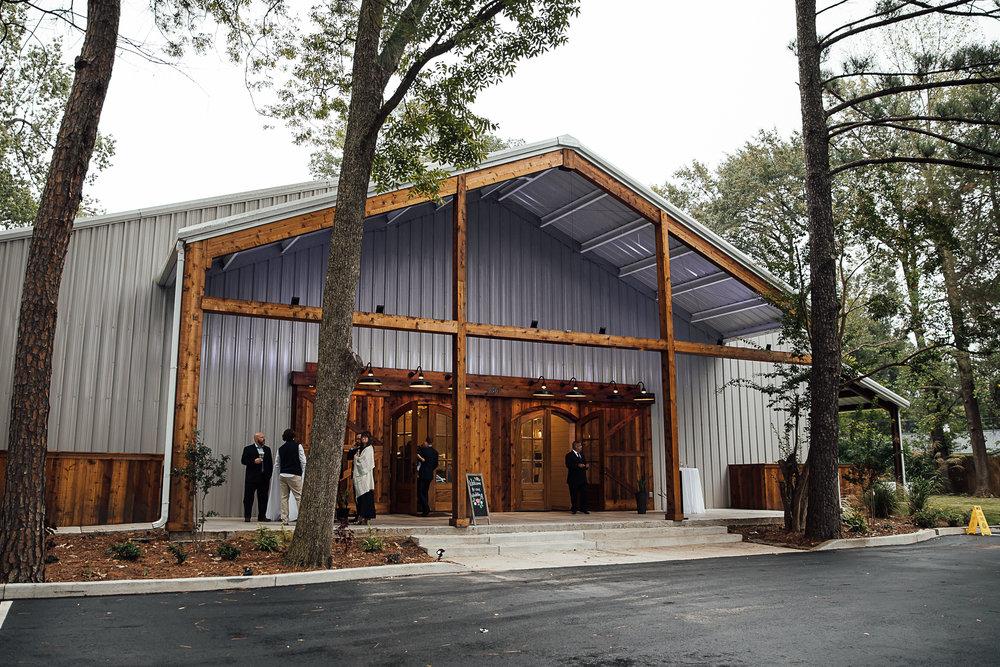 Caitlin-and-Bryan-Avon-Acres-Memphis-TN-Wedding-123.jpg