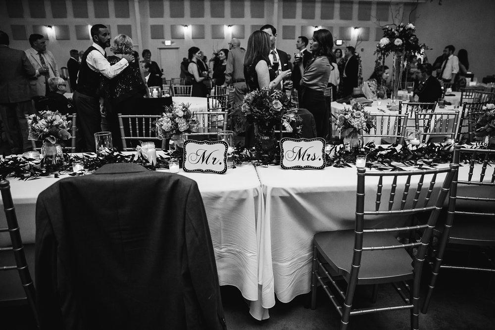 Caitlin-and-Bryan-Avon-Acres-Memphis-TN-Wedding-194.jpg