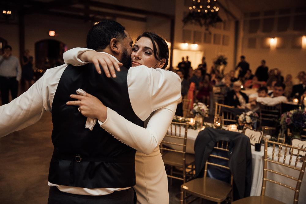 Caitlin-and-Bryan-Avon-Acres-Memphis-TN-Wedding-211.jpg