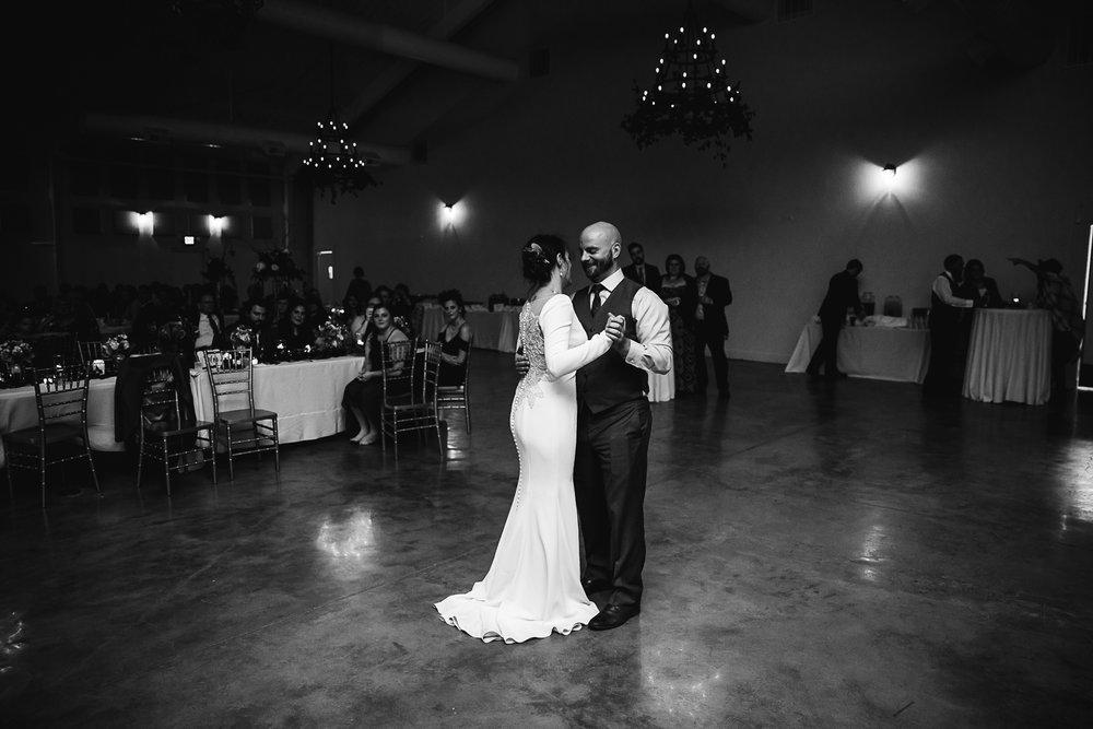 Caitlin-and-Bryan-Avon-Acres-Memphis-TN-Wedding-223.jpg