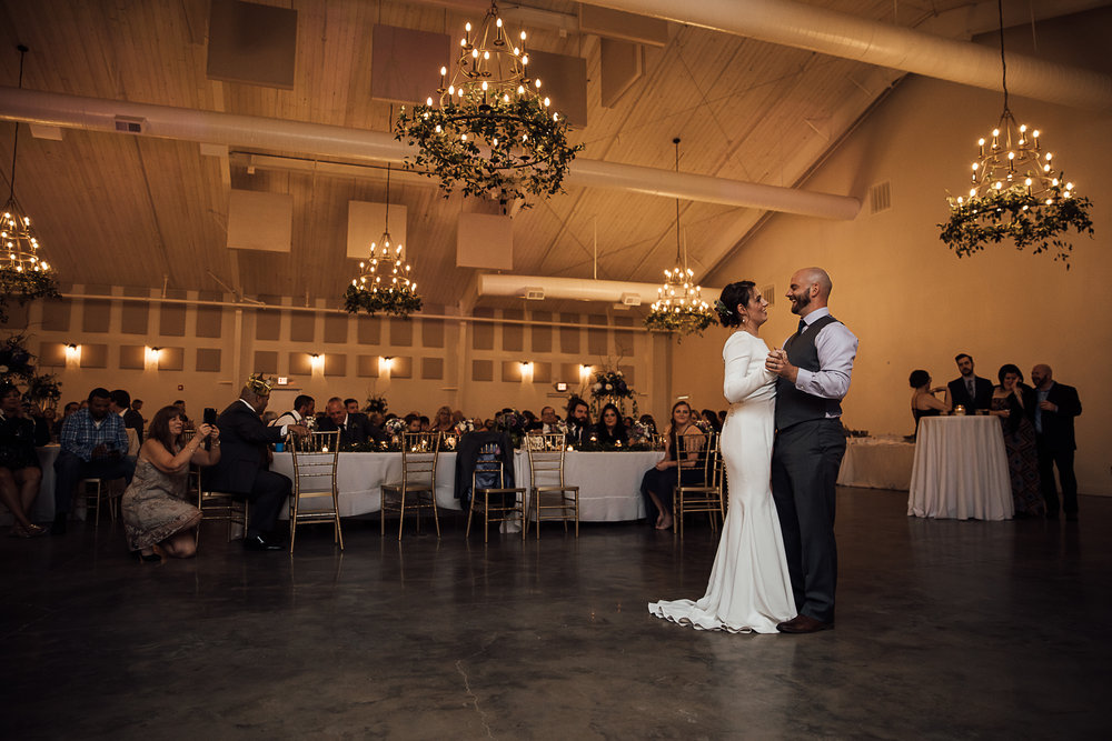 Caitlin-and-Bryan-Avon-Acres-Memphis-TN-Wedding-224.jpg