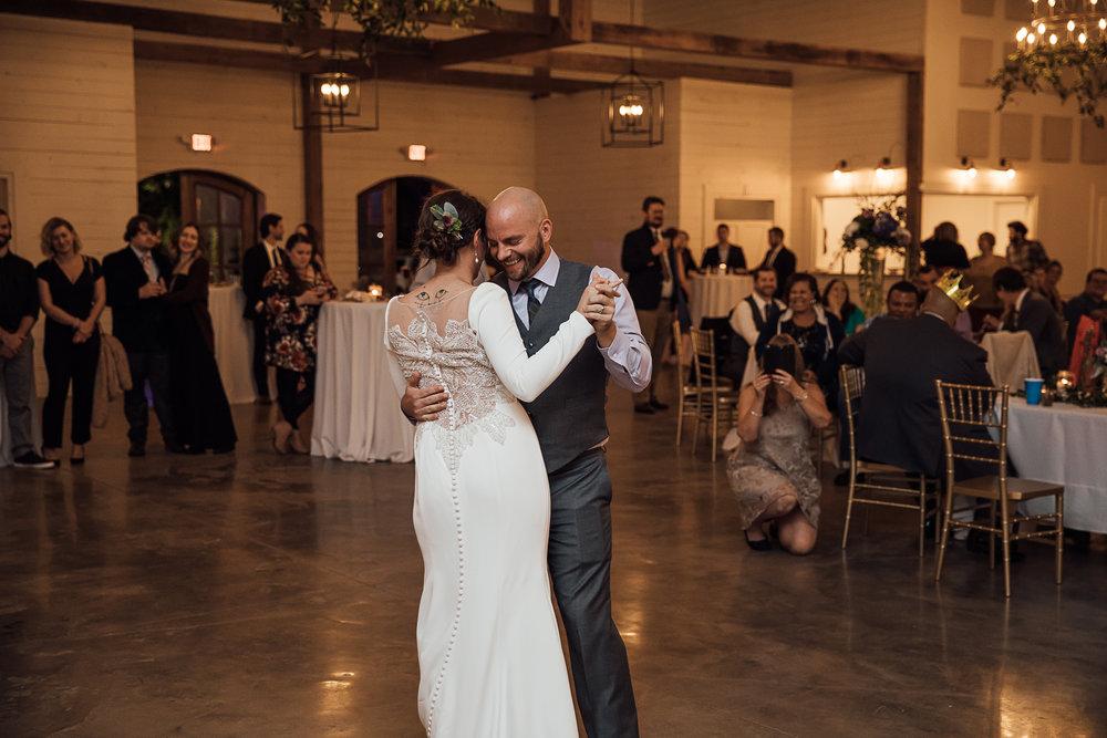 Caitlin-and-Bryan-Avon-Acres-Memphis-TN-Wedding-228.jpg