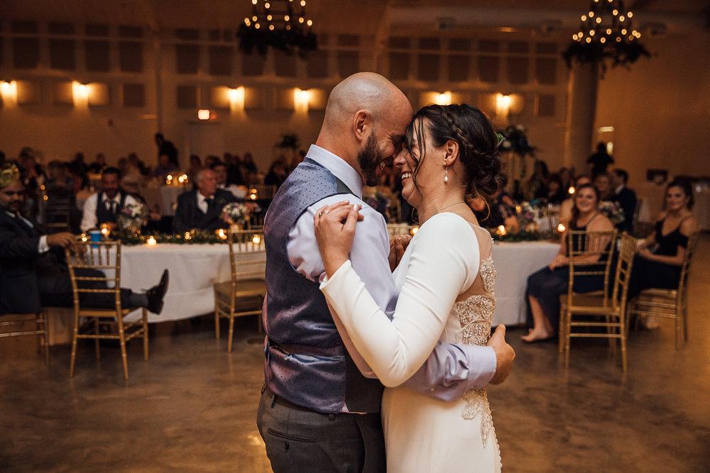 Caitlin-and-Bryan-Avon-Acres-Memphis-TN-Wedding-232.jpg