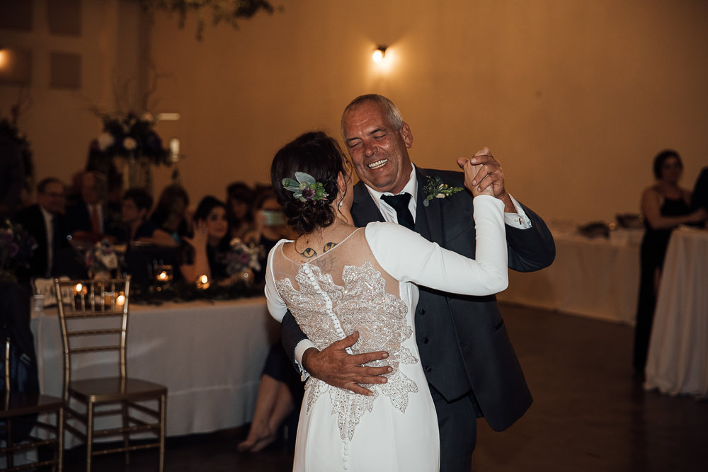 Caitlin-and-Bryan-Avon-Acres-Memphis-TN-Wedding-253.jpg