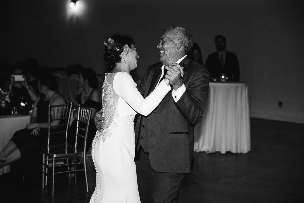 Caitlin-and-Bryan-Avon-Acres-Memphis-TN-Wedding-254.jpg