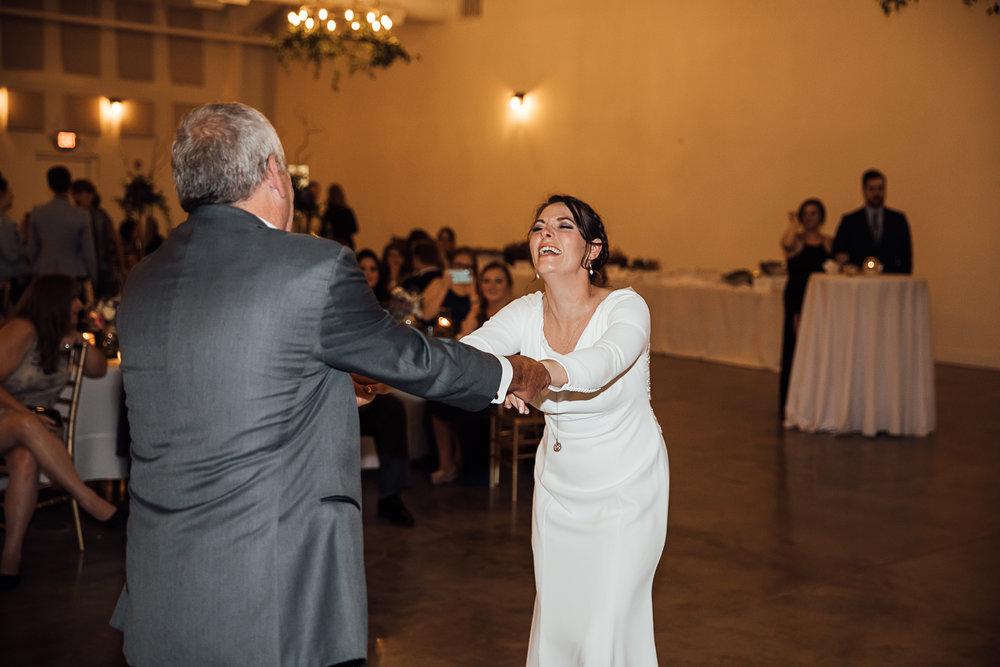 Caitlin-and-Bryan-Avon-Acres-Memphis-TN-Wedding-260.jpg