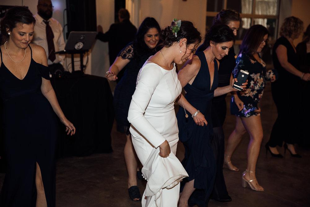 Caitlin-and-Bryan-Avon-Acres-Memphis-TN-Wedding-264.jpg
