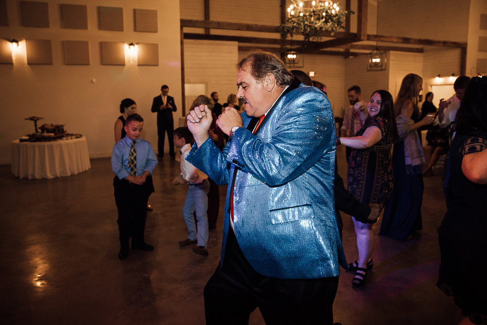 Caitlin-and-Bryan-Avon-Acres-Memphis-TN-Wedding-273.jpg